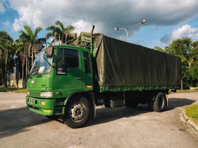 Yoong Mei 8 Ton Cargo Lorry